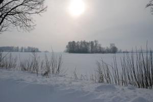 IMGW ostrzega przed mrozem, zamiecią i intensywnymi opadami śniegu na Podlasiu, Warmii i Mazurach