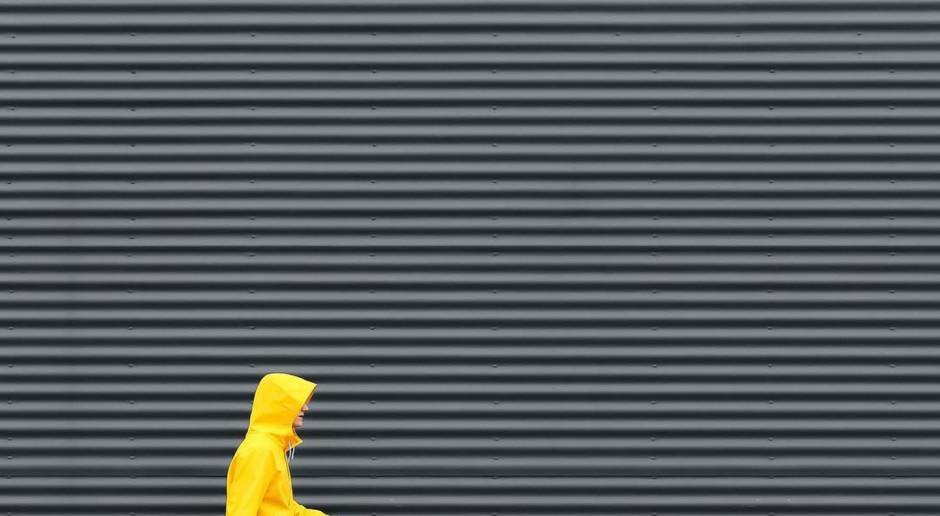 W tym roku będą królować stonowany szary i promienny żółty