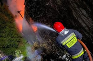 Strażacy przez 5 godzin walczyli z żywiołem, Foto: OSP Tawęcino