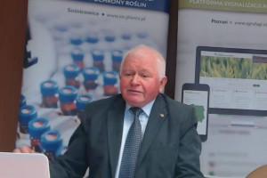 Prof. Mrówczyński odpowiada farmerom