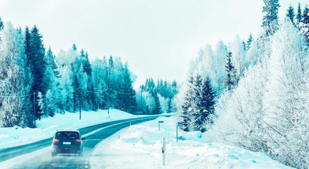IMGW ostrzega: Mroźna noc z obfitymi opadami śniegu