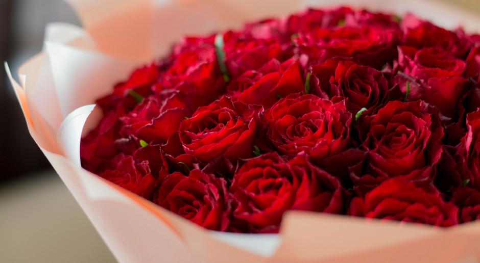 Bronisze: Przed Walentynkami chętnie kupowane są róże