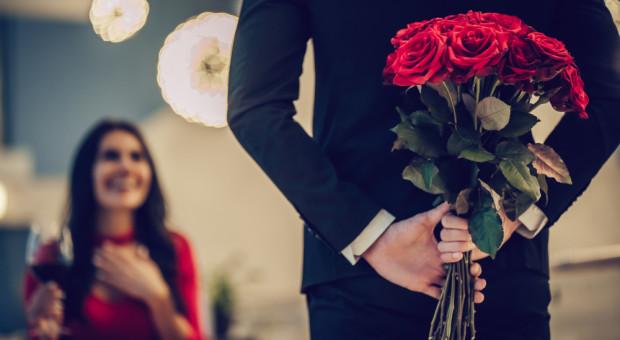 W tym roku walentynki trochę tańsze za sprawą niższych cen róż