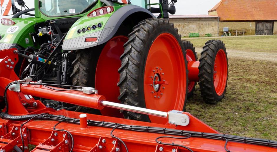 Przez Innowacyjność do Sukcesu Online: Co warto wiedzieć o ubezpieczeniu maszyn rolniczych?