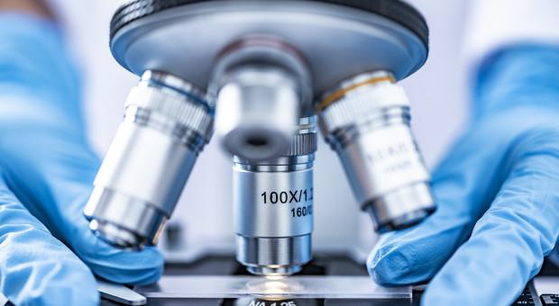 Naukowiec z Hamburga: koronawirus pochodzi z laboratorium w Wuhan
