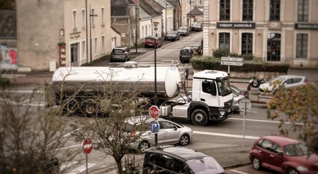 W 2020 r. dostawy mleka w UE nieznacznie wzrosły