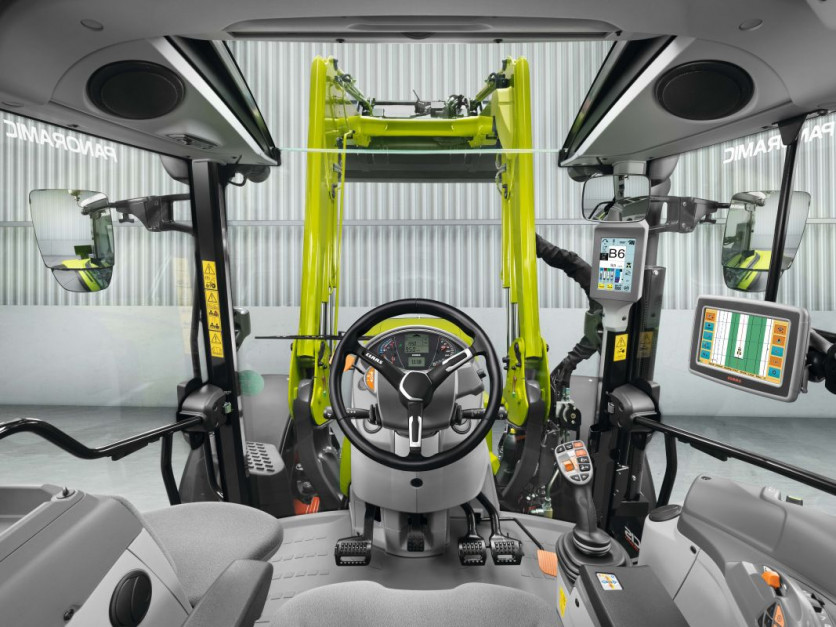 Nowy Claas Arion 400 Stage 5   04.jpg