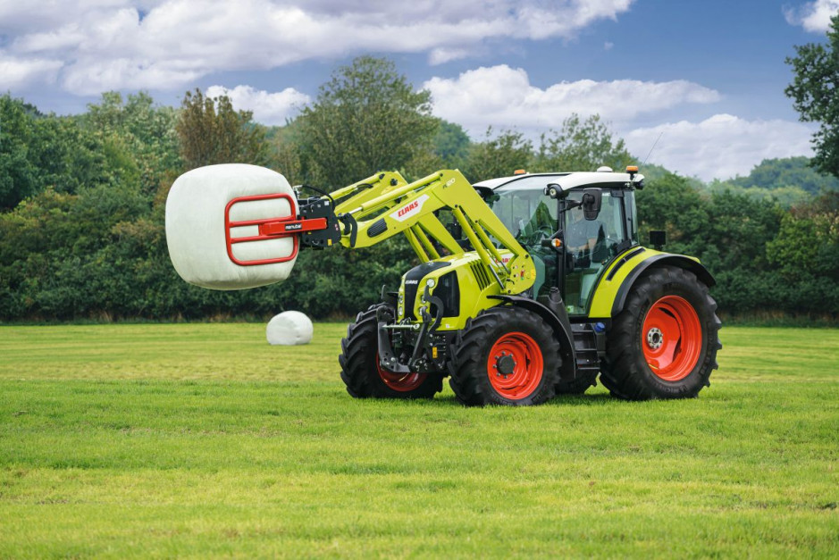 Nowy Claas Arion 400 Stage 5   12.jpg