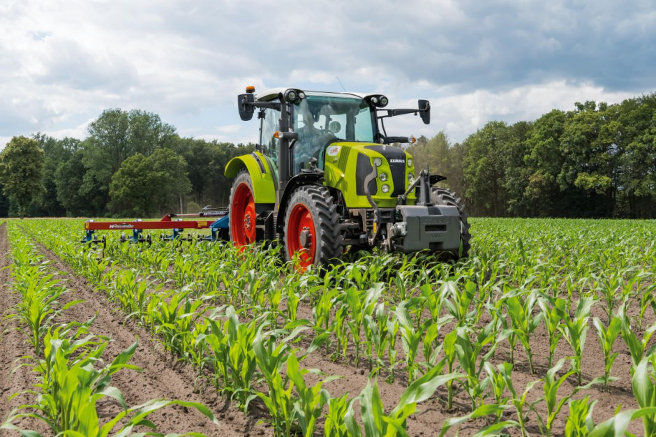 Nowy Claas Arion 400 Stage 5   07.jpg