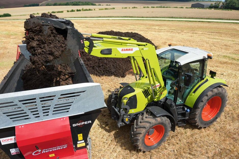 Nowy Claas Arion 400 Stage 5   13.jpg