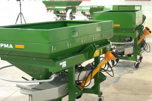 Rozsiewacze nawozów Sipma - długa lista konfiguracji i wyposażenia