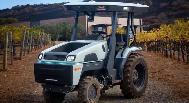 CNH inwestuje w Monarch Tractor - producenta elektrycznych ciągników