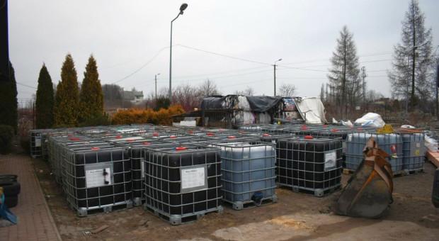 Okryto nielegalne składowiska żrących substancji na Mazowszu