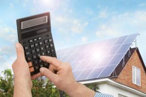 Za energię w czasie jej niedoboru będziemy musieli kupować nawet po 3-krotnie wyższej cenie niż po cenie sprzedaży od 2022 r. Foto. Shutterstock