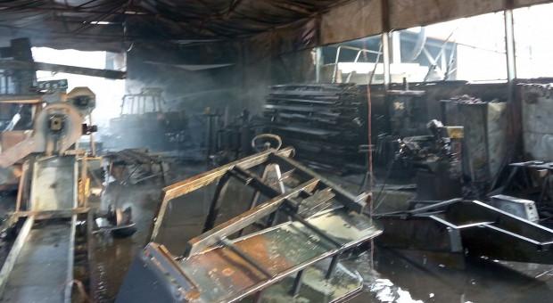 Spłonęła hala, w której produkowano maszyny rolnicze