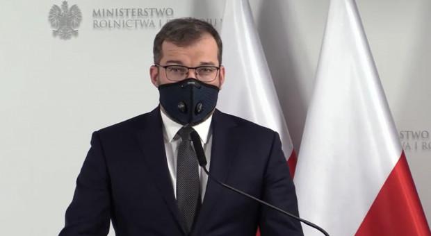 """Minister Puda informuje: zaprzestano prac nad """"Piątką dla Zwierząt"""""""