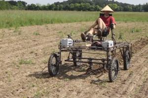 Aggrozouk, czyli traktor napędzany siłą mięśni
