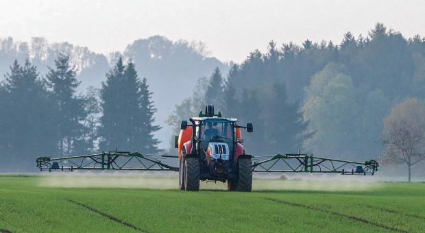 Pestycydy w rolnictwie - jakie jest twoje zdanie?