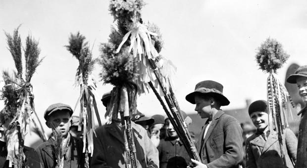 Jak wyglądały dawne palmy oraz Niedziele Palmowe?