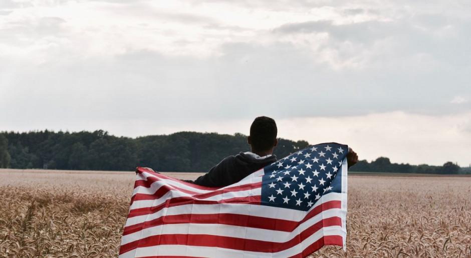 Prawo do naprawy sprzętu rolniczego dla każdego - obiecuje prezydent USA
