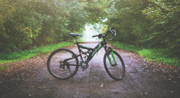 Przy wyprzedzaniu roweru odstęp 1,5 m?