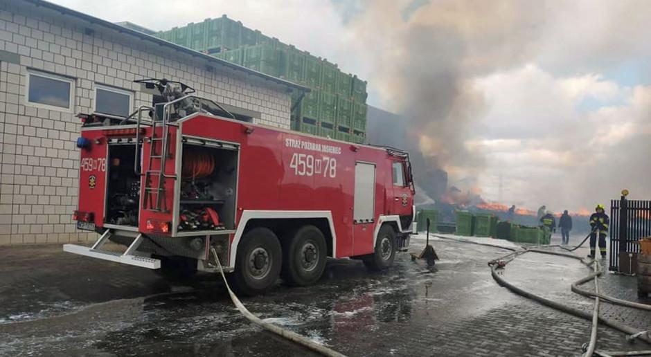 Wielki pożar w gospodarstwie pod Warką