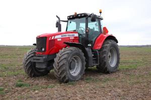 Jak skutecznie sprzedać używane maszyny rolnicze?
