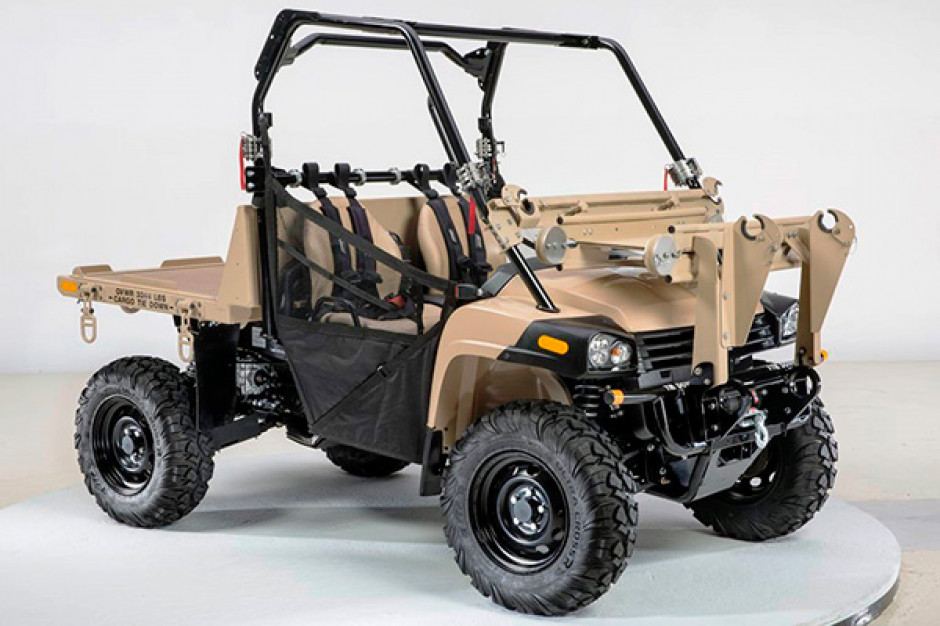 MACH-2 wojskowa wersja pojazdu Gator fot. John Deere