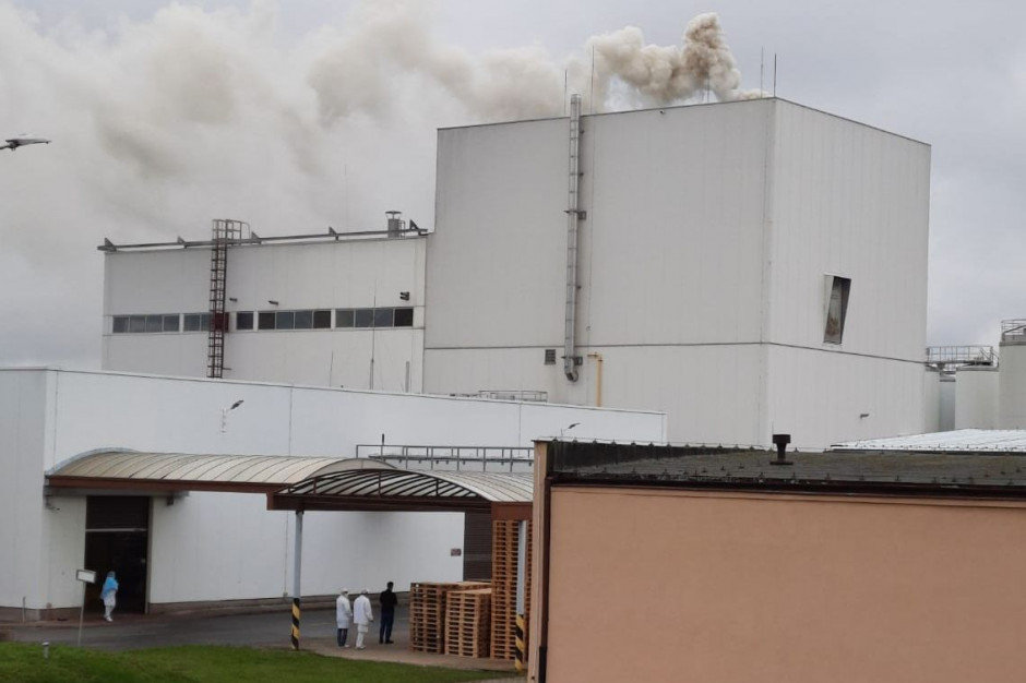 Palił się silos w proszkowni mleka, fot. KP PSP Gostyń
