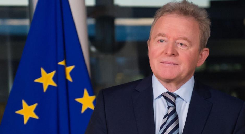Janusz Wojciechowski: Do hodowli przemysłowej rolników nie trzeba