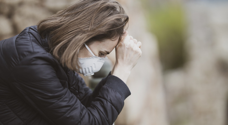 Prawie połowa Polaków ciężko znosi pandemię, obostrzenia i kolejne lockdowny