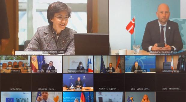 Sytuacja na rynkach rolnych - tematem wideokonferencji ministrów rolnictwa UE