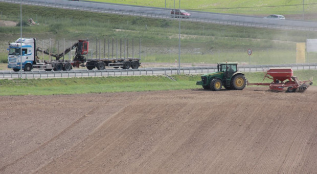 Na jakich zasadach można oddać w dzierżawę świeżo nabyte grunty rolne?
