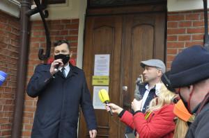 W czasie protestu głos zabrał poseł na Sejm RR Stefan Krajewski, który poparł rolników. Foto. RZ