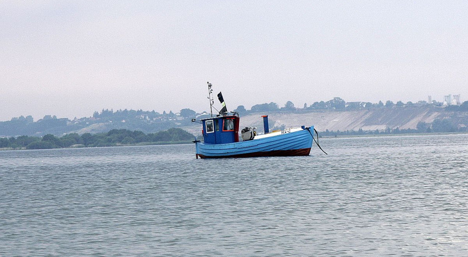 Francuscy rybacy zablokowali angielski port