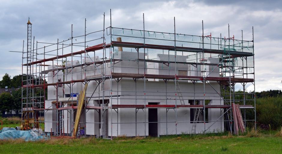 Budowa domu do 70 m kw. szybciej i bez pozwolenia jeszcze w tym roku
