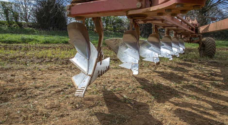Kverneland oferuje wzmacniane elementy robocze do pługów