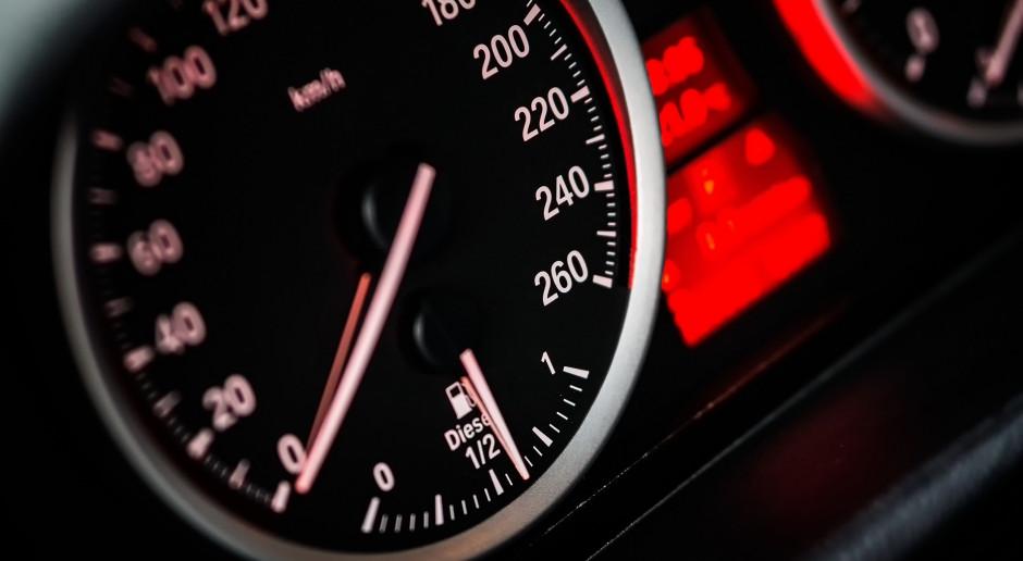 Lubuskie: Jechał prawie 160 km/h przez wieś, stracił prawo jazdy