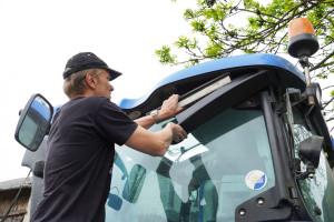 Serwis klimatyzacji w ciągniku. Jak wykonać i o czym pamiętać?