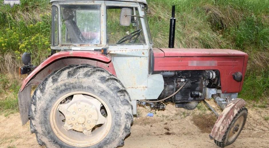 Mężczyznę przygniótł ciągnik rolniczy