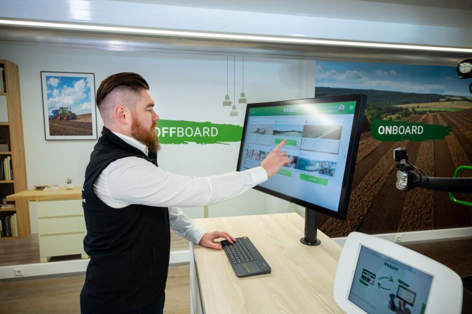 Operator po wykonaniu zadania – nieważne czy pracuje ciągnikiem ze starszym monitorem, czy nowym traktorem z kabiną FendtONE – zamyka zlecenie, a kierownik otrzymuje raport o zakończonej pracy, fot. Fendt