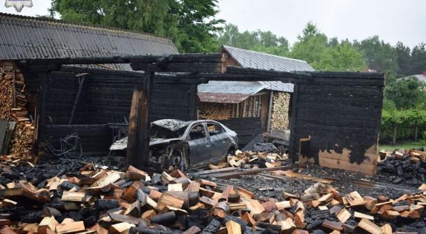 Spłonęły stodoły