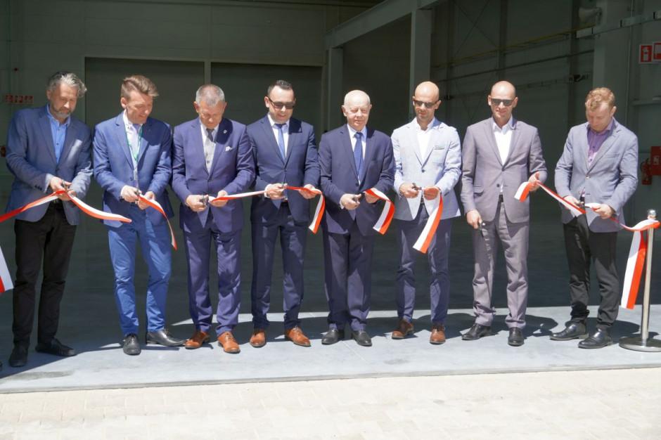 Otwarcie drugiej hali Ośrodka Badawczo-Rozwojowego SaMasz i wycieczka po fabryce, fot.kh