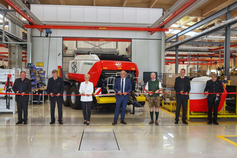 Pöttinger otworzył swoją czwartą fabrykę 11 czerwca 2021. Będą w niej produkowane między innymi prasy Impress. Zdjęcie: Pöttinger
