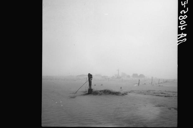 Burza piaskowa. Oklahoma, 1936. Fot. A. Rothstein/Library of Congress