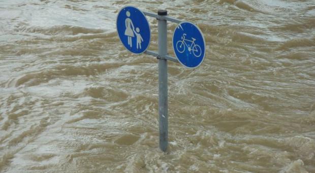 Opolskie: ostrzeżenia przed gwałtownymi wzrostami wód