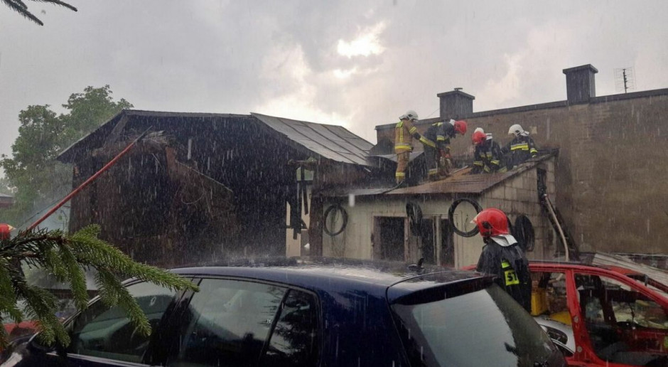 W Janowie Lubelskim piorun podpalił stodołę