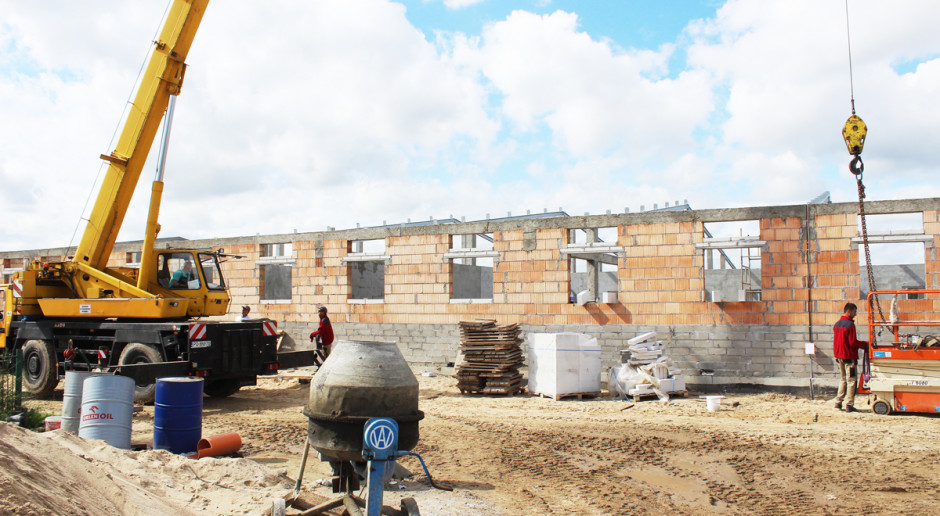 Jakie są koszty budowy nowej chlewni?