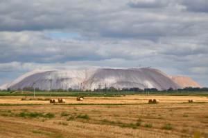 Producent nawozów Yara kontynuuje import z Białorusi mimo sankcji UE