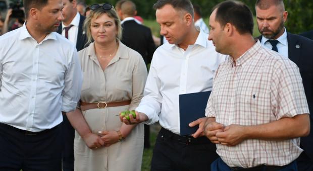 Prezydent odwiedził gospodarstwa w gminie Wilków, gdzie przeszły nawałnice
